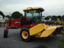 NEW HOLLAND HW345 S.P. WINDROWER